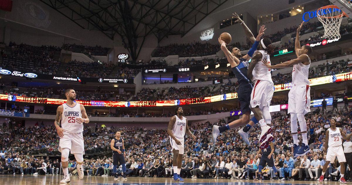 NBA: Dallas Mavericks beat Los Angeles Clippers to put coach Rick Carlisle in 700 club