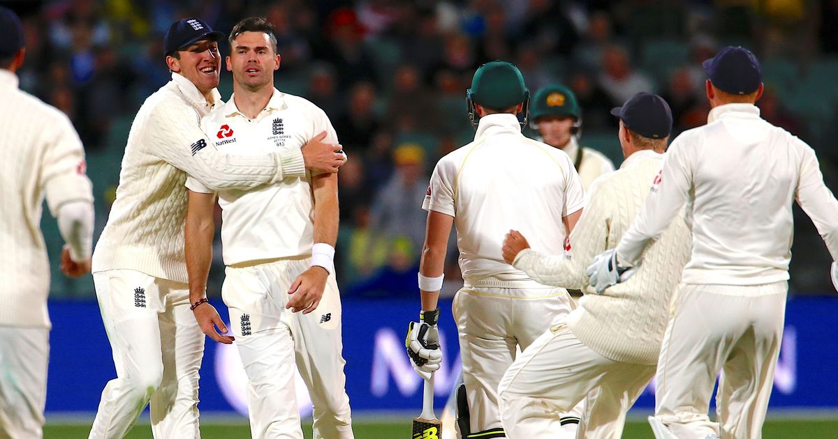Ashes: England bowlers create havoc under lights as Australia build a 268-run lead