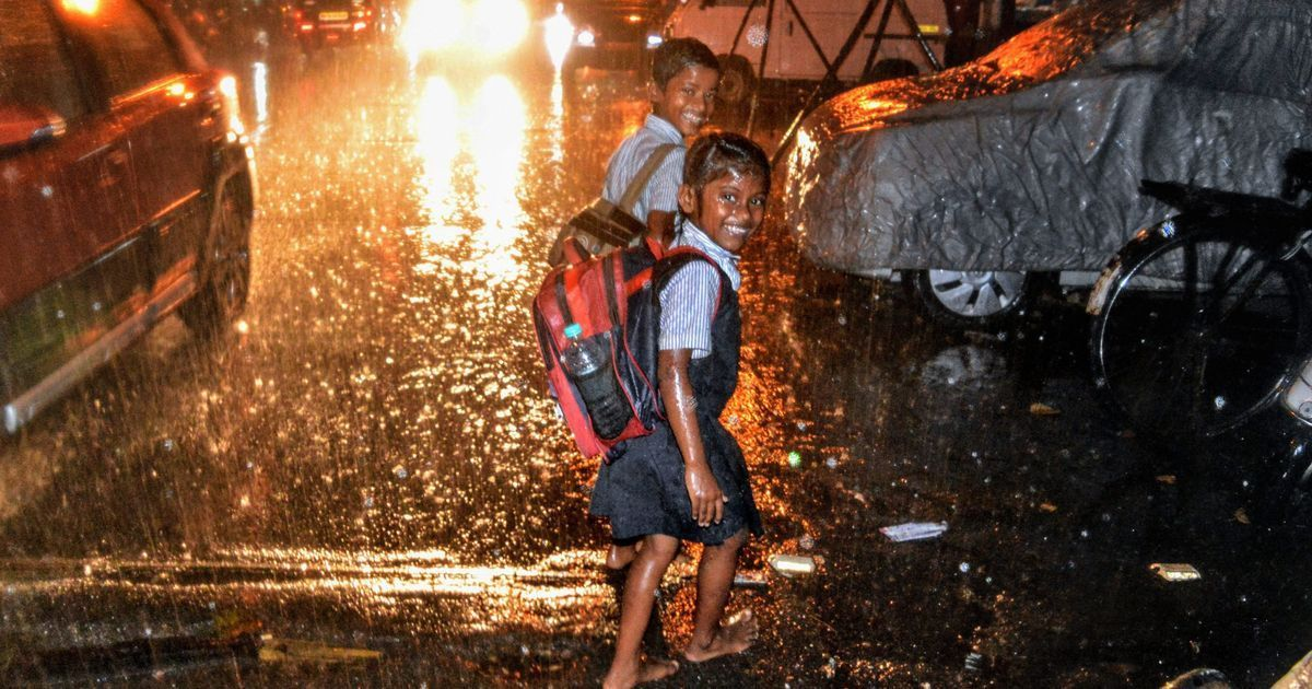 Cyclone Ockhi moves north: High tide hits Goa shacks, schools shut in Mumbai