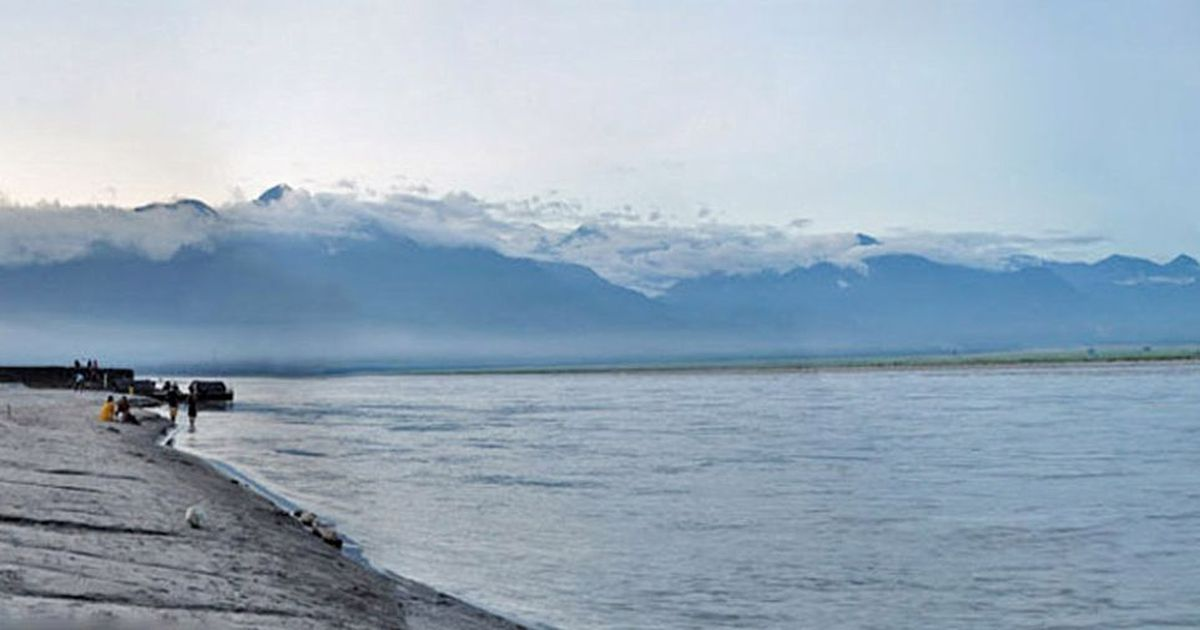 China resumes sharing Brahmaputra water flow data with India: Report