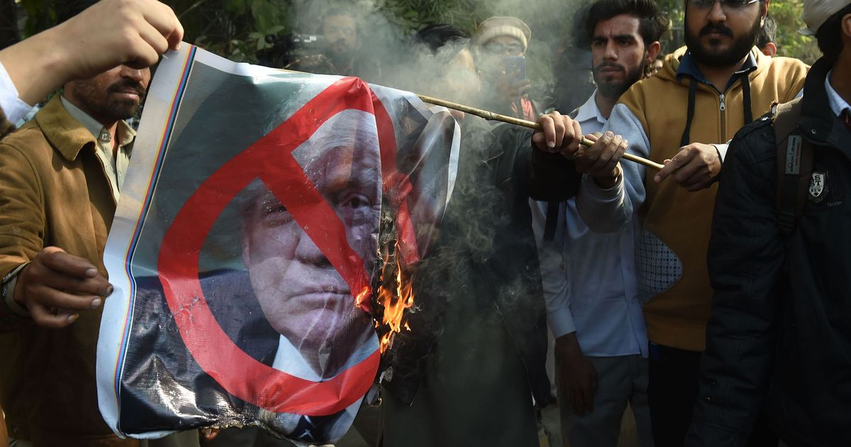 Protests in Kashmir over Donald Trump's Jerusalem move