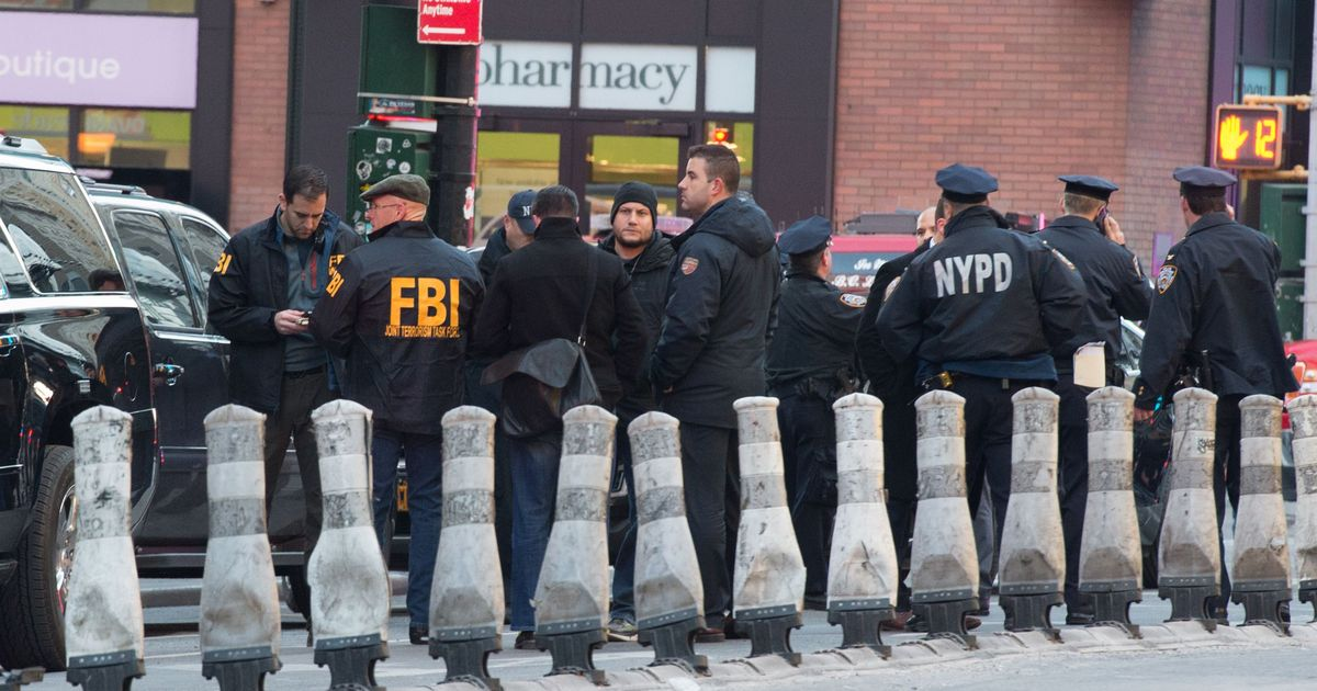 New York: Explosion at Manhattan's Port Authority bus terminal, one suspect arrested