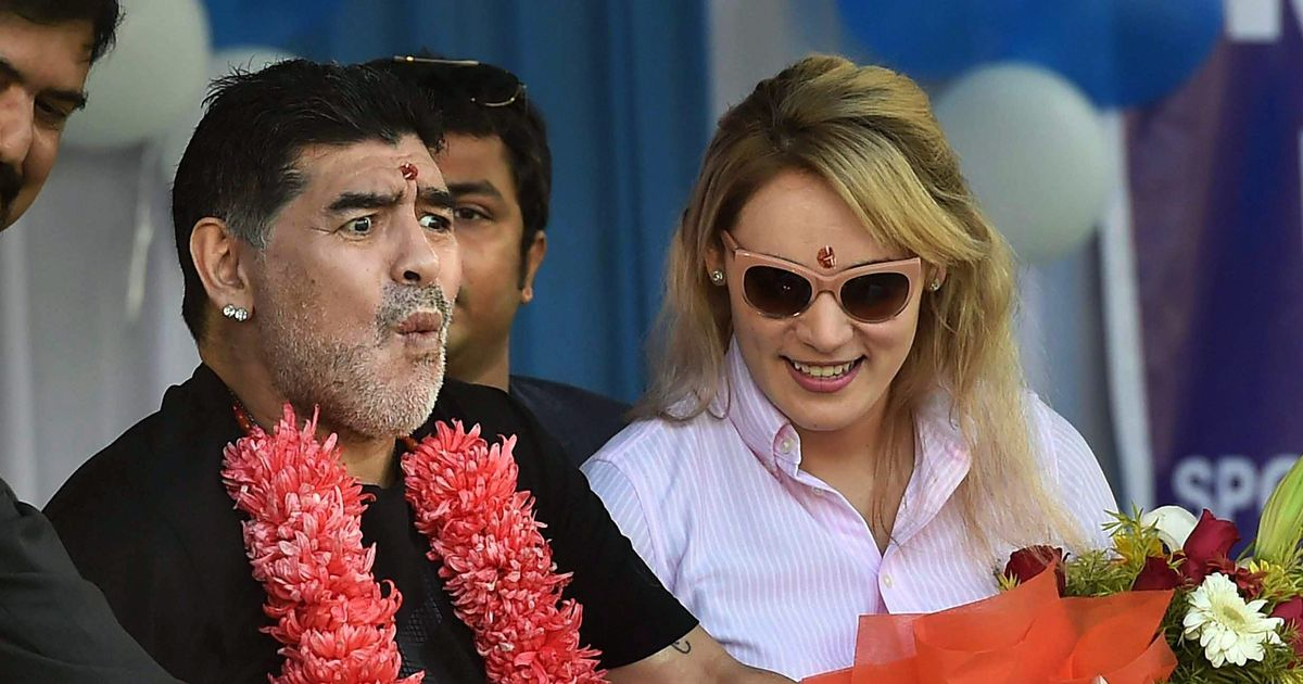 Maradona statue ridiculed after unveiling in India