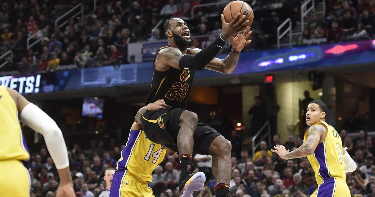 LeBron James Gets Historic Triple-Double, Cavs Beat Lakers 121-112