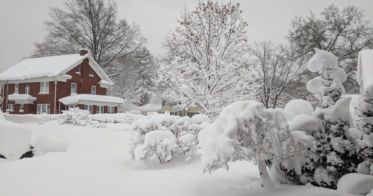 Christmas Storm Buries Pennsylvania City Under 5 Feet Of Snow