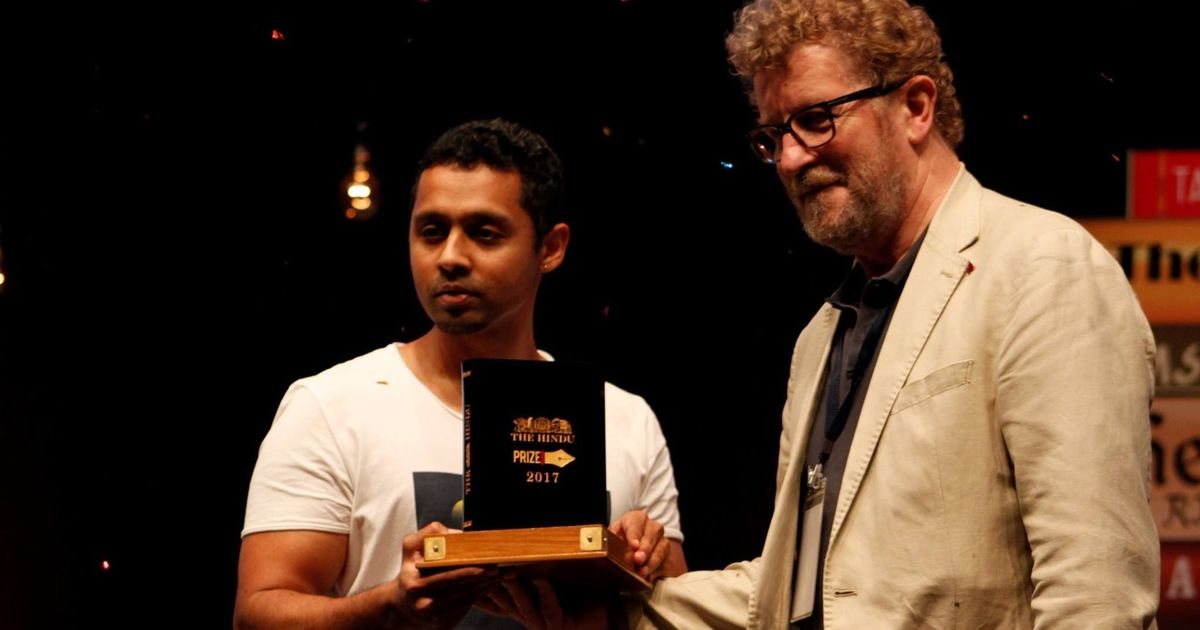Deepak Unnikrishnan wins the Hindu Prize 2017 for his book 'Temporary People'