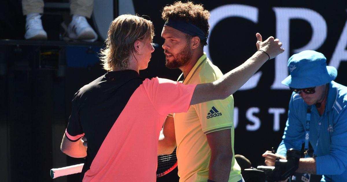 Nadal powers through to Open third round