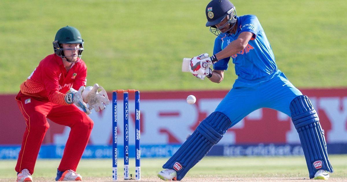 India dismiss Zimbabwe for 154