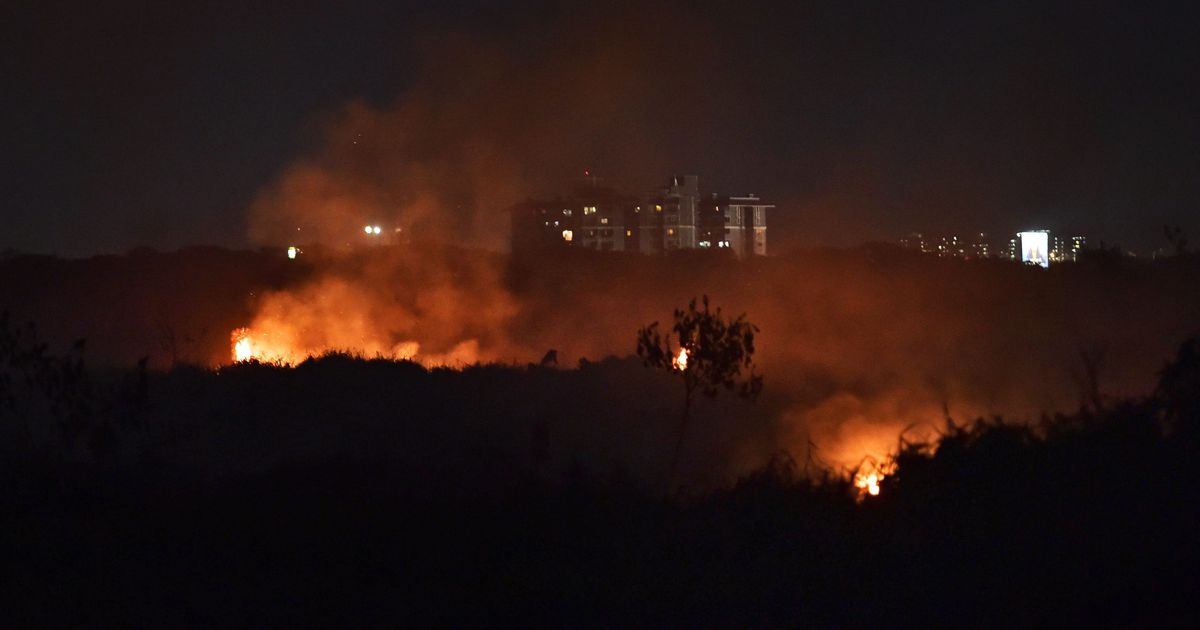 Bengaluru: Fire breaks out again in Bellandur Lake for the second time