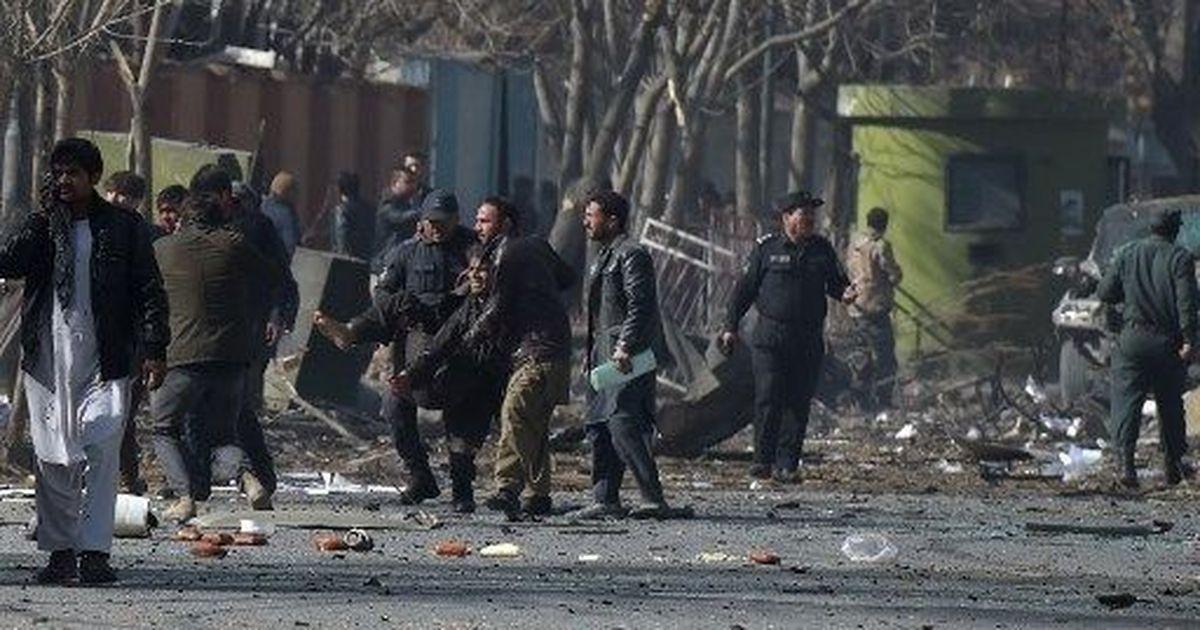 काबुल में आत्मघाती हमले में 63 लोगों की मौत होने सहित दिन के बड़े समाचार
