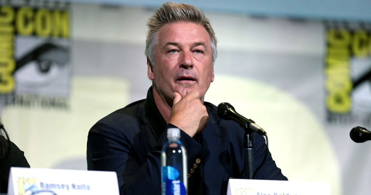 Alec Baldwin defends Woody Allen, likens Dylan Farrow to a character in 'To Kill a Mockingbird'