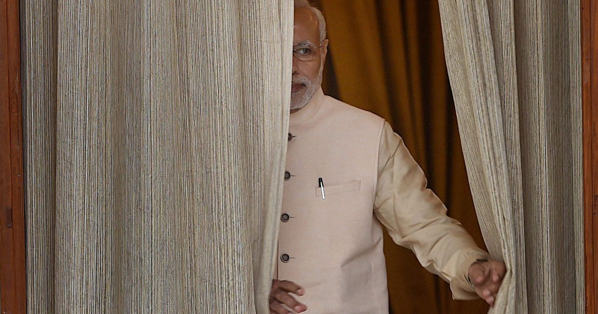 Narendra Modi arrives in Palestine, to hold talks with Mahmoud Abbas