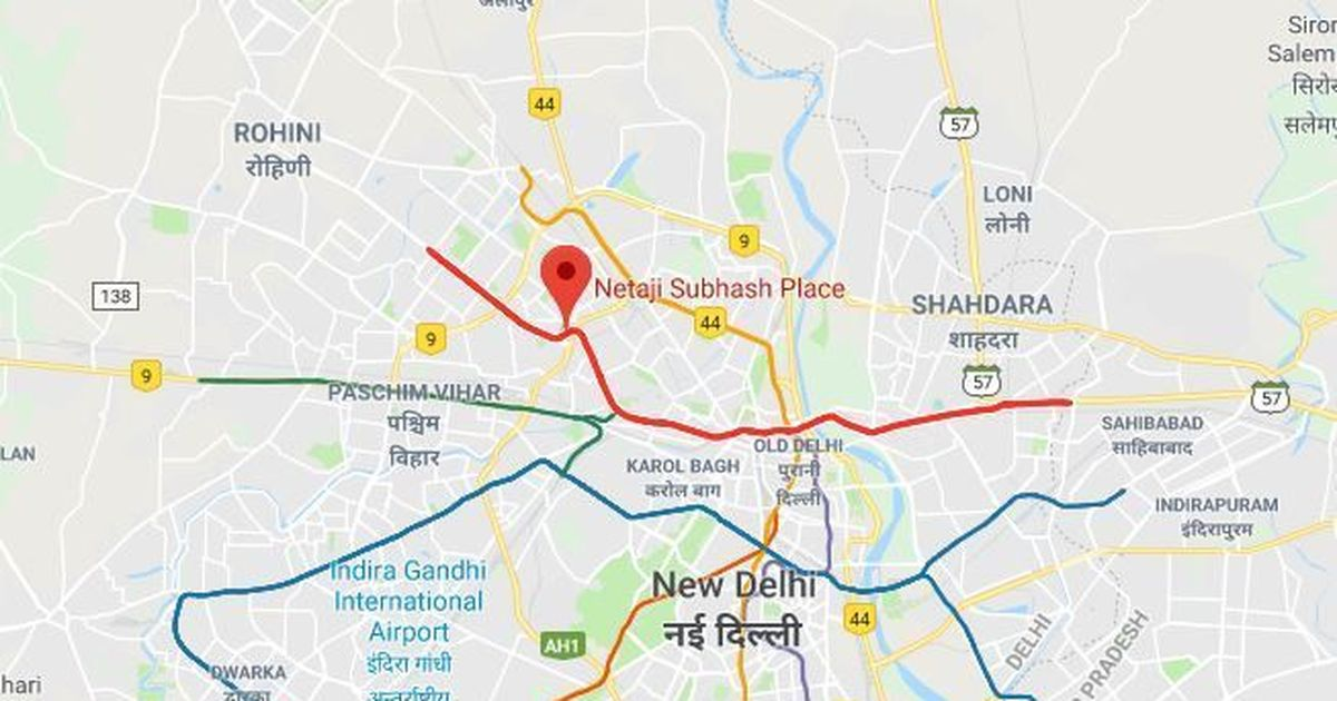 Delhi: Motorcyclist dies after getting tangled in wire placed between 2 barricades
