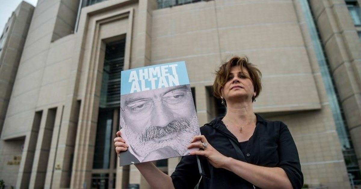6 journalists sentenced to life in prison over failed coup in Turkey