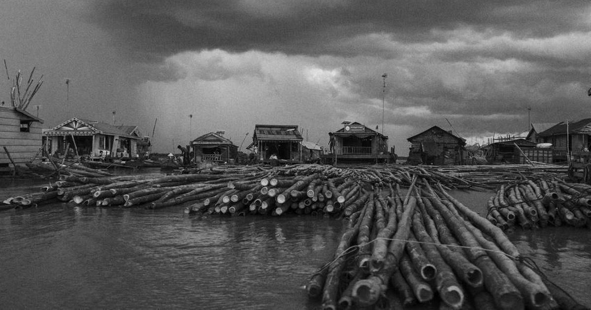 'We found disaster after disaster': A photographer's account of travelling along the Mekong River