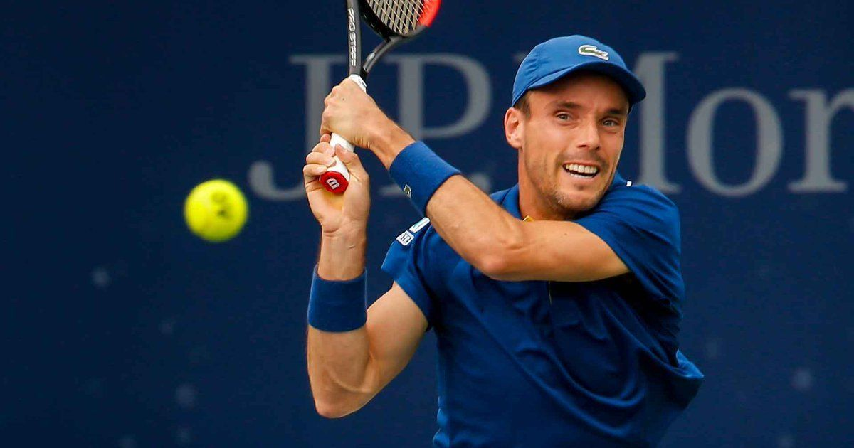 Roberto Bautista Agut claims first ATP 500 title with win over Lucas Pouille in Dubai