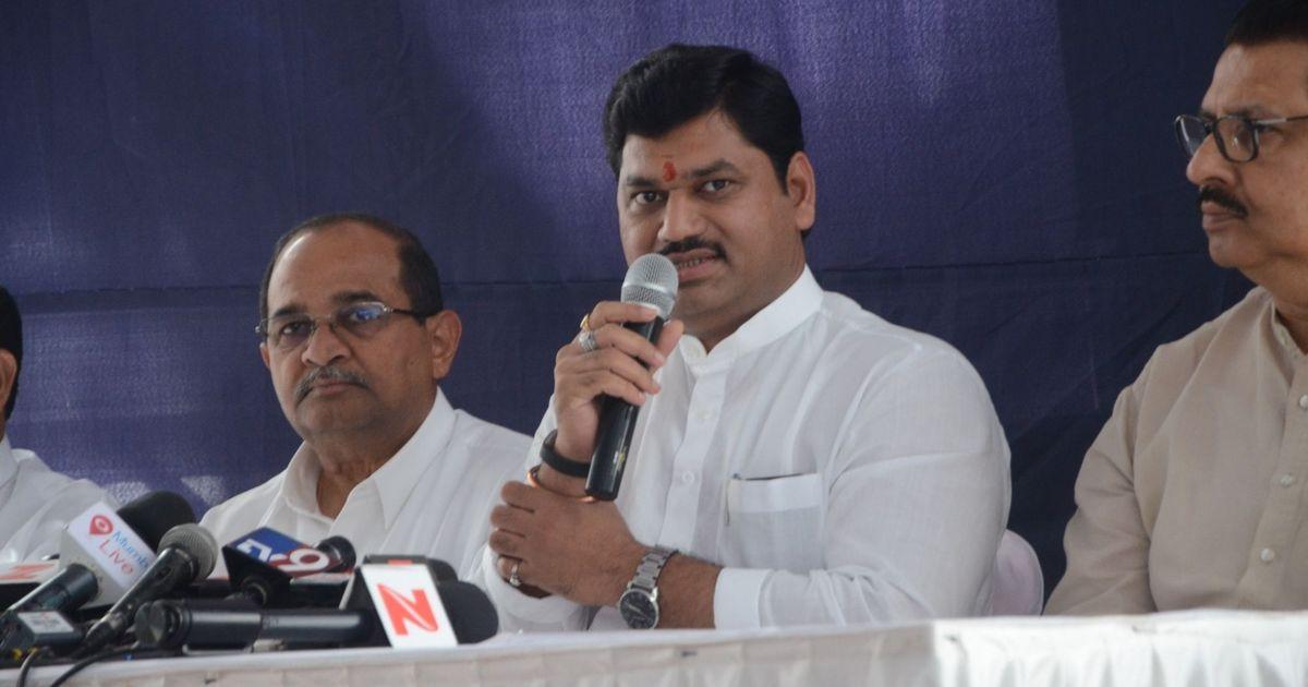 Mumbai: Woman withdraws rape complaint against Maharashtra minister Dhananjay Munde, say reports