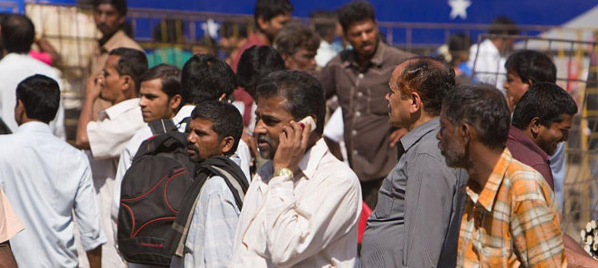 Municipal Corporation of Delhi seals 566 mobile towers, call drops likely to increase