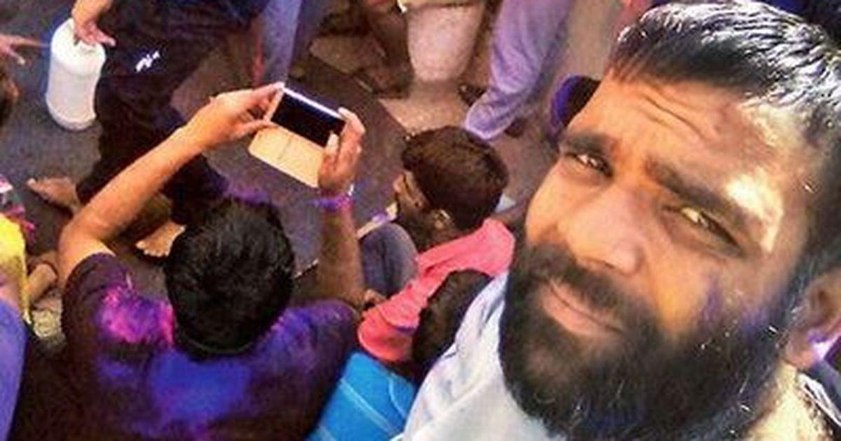 राजस्थान : कैदियों ने होली की तस्वीरें सोशल मीडिया पर डालीं, सरकार ने जांच के आदेश दिए