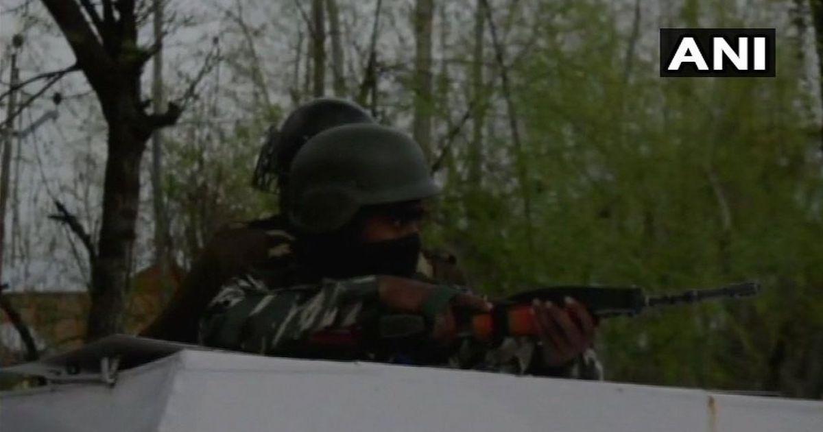जम्मू-कश्मीर : सुरक्षाबलों के साथ मुठभेड़ में दो आतंकी मारे गए