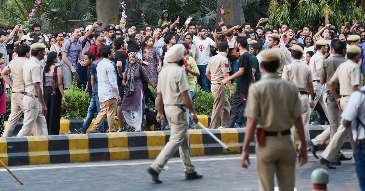Delhi Police suspend two officers for snatching journalist's camera during JNU protests