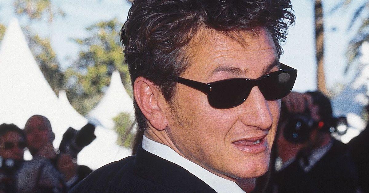 Sean Penn, who just do stuff, has written a thesaurus masquerading as an unreadable debut novel
