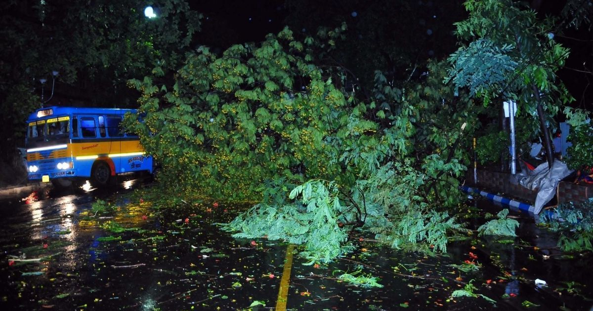 Storm hits West Bengal at 98km/h; 15 dead, 50 injured