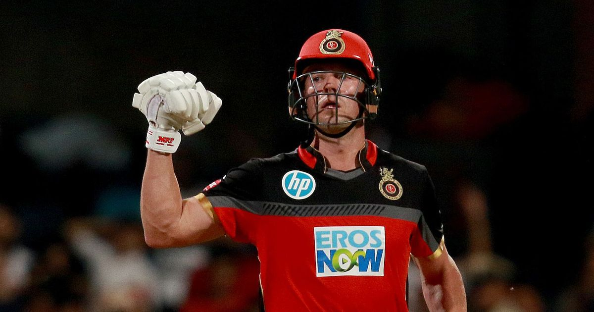 De Villiers powers Royal Challengers Bangalore to a convincing six-wicket win over Delhi Daredevils