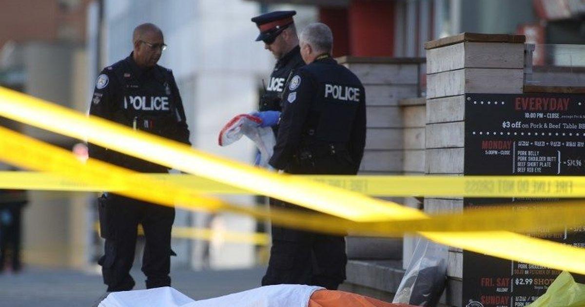 कनाडा : वैन ने राहगीरों को कुचला, 10 की मौत
