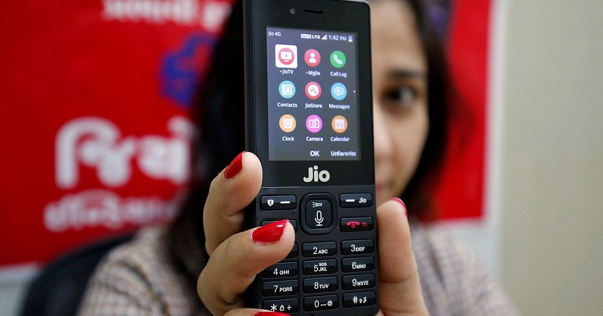 Smartphone-crazy Indians are falling in love with feature phones again