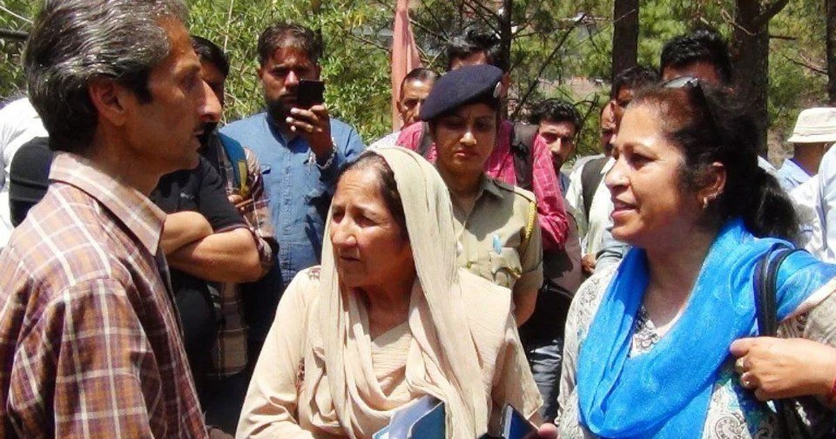 हिमाचल प्रदेश : अवैध निर्माण गिरवाने गई महिला अधिकारी की गोली मारकर हत्या, आरोपित फरार