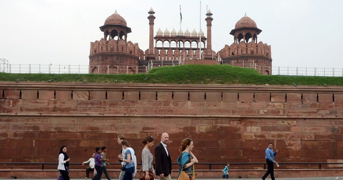 Readers' comments: 'Sad that a firm can adopt Red Fort for just double the cost of IPL players'