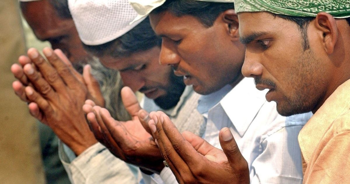 No namaaz in public spaces: Muslims find it difficult to follow