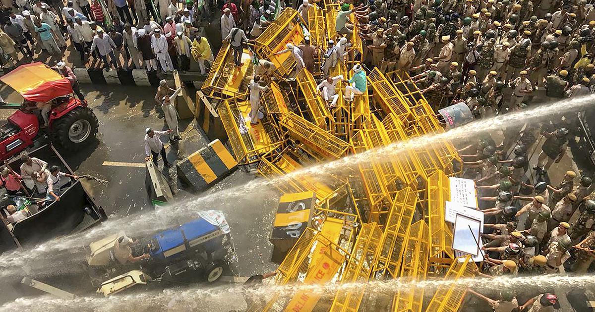 कर्ज माफी और गन्ना बकाए के भुगतान की मांग के साथ उत्तर प्रदेश के किसानों का दिल्ली कूच