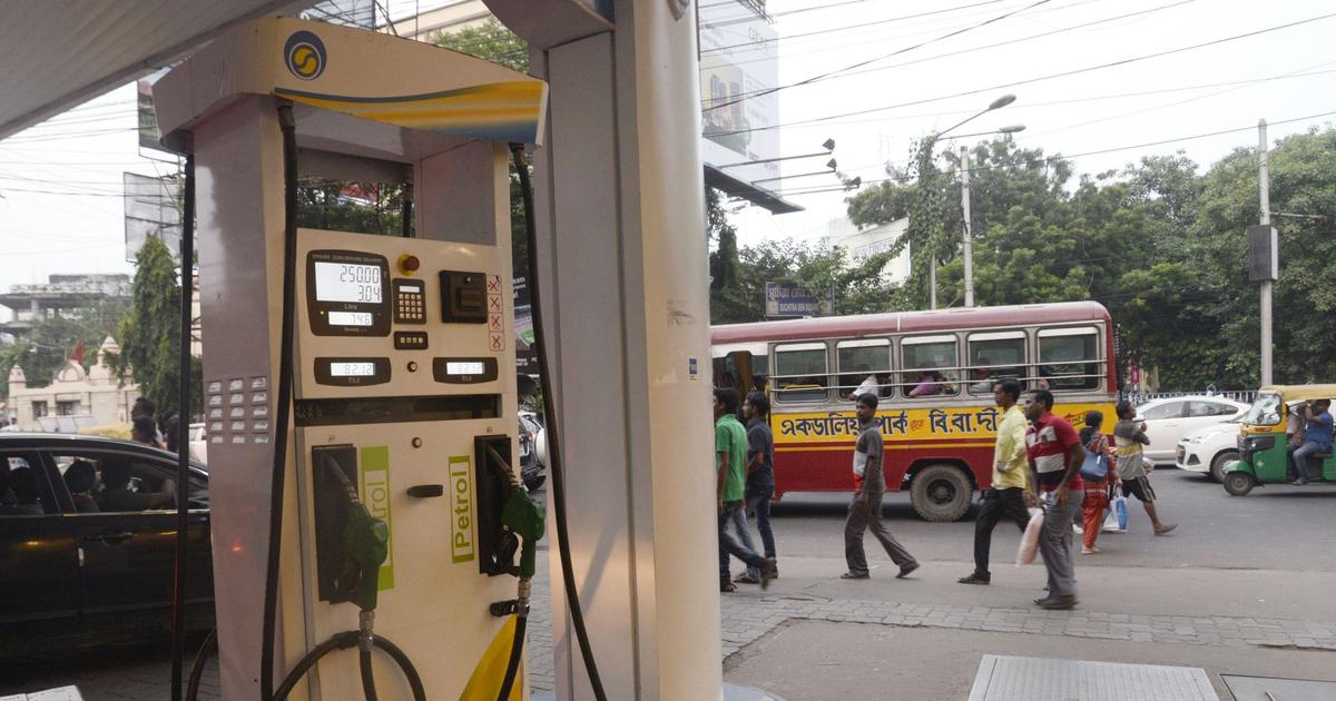 Petrol at Rs 86.25 in Mumbai, commuters fuming