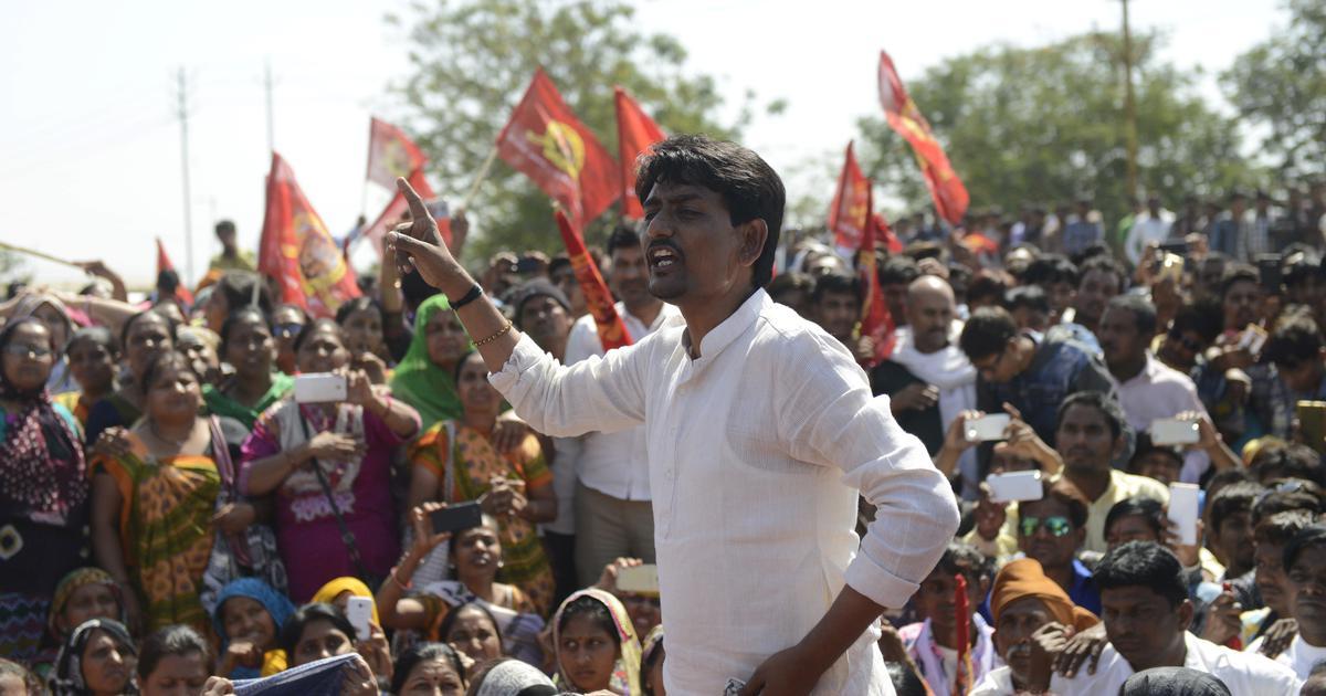अल्पेश ठाकोर ने गुजरात में यूपी-बिहार के लोगों पर हमलों के मामलेे में खुद को निर्दोष बताया