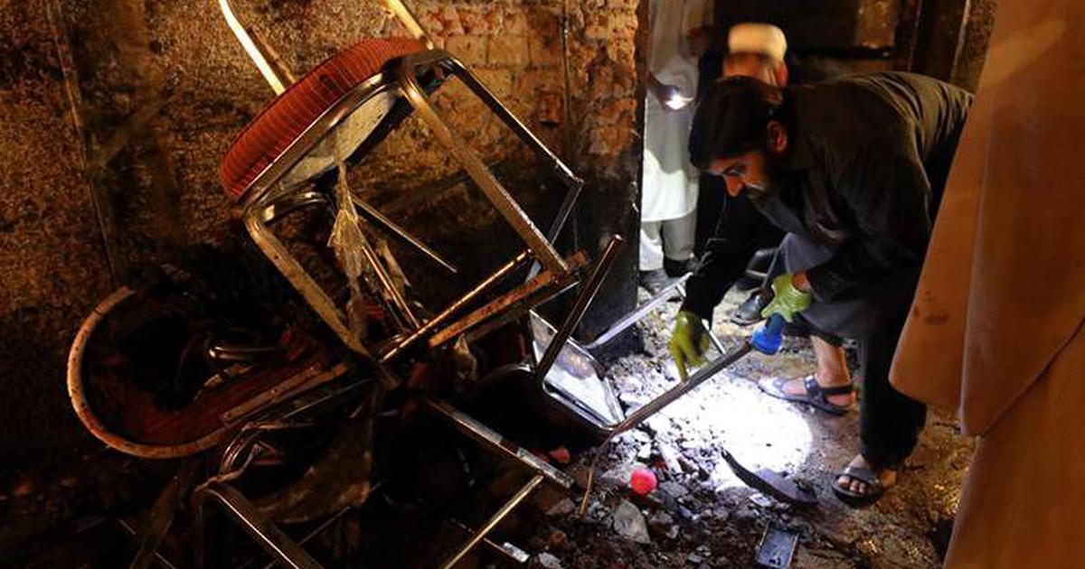 पाकिस्तान : आत्मघाती बम धमाके में 12 की मौत