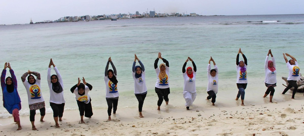 Despite cloud of Islamist criticism, Yoga Day events in the Maldives go off without a twist