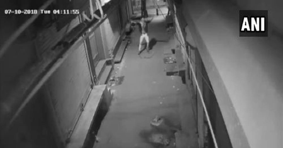 'पुलिस ने इन्हें पकड़ लिया तो फिर ब्रेक डांस शो शुरू होगा'