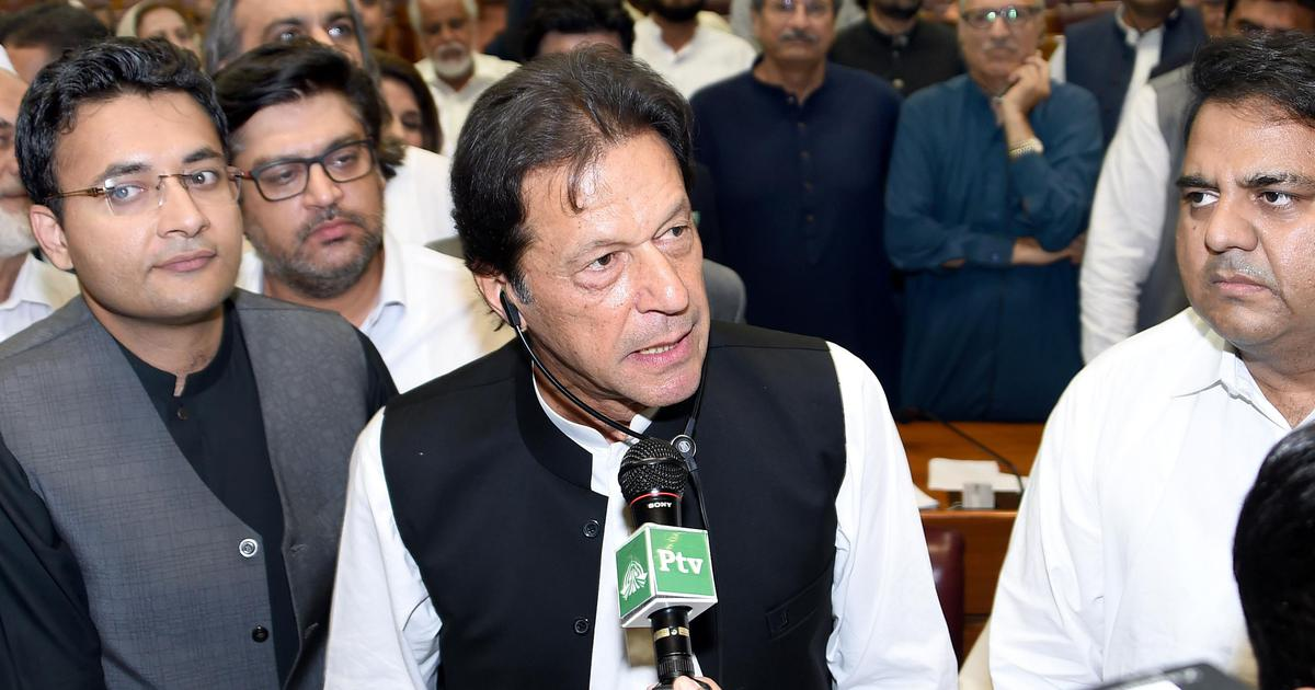 Imran Khan calls for India-Pakistan dialogue to resolve all conflicts, including Kashmir