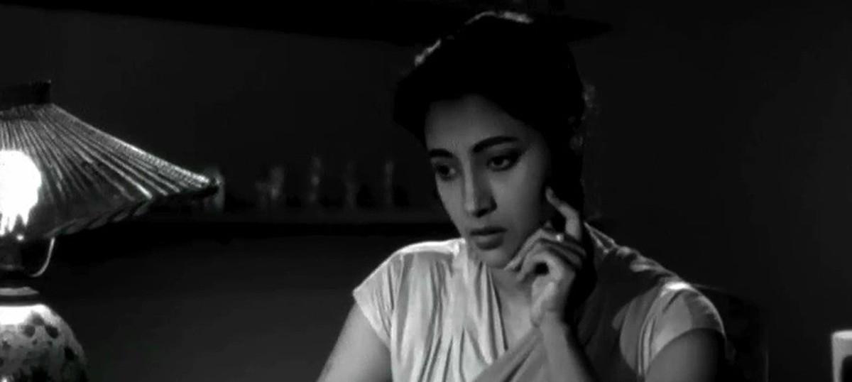 The 'Deep Jele Jai' versus 'Khamoshi' non-debate: the Bengali original beats the Hindi remake