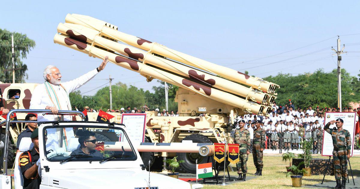 राजस्थान : प्रधानमंत्री मोदी ने जोधपुर में 'पराक्रम पर्व' प्रदर्शनी का उद्घाटन किया