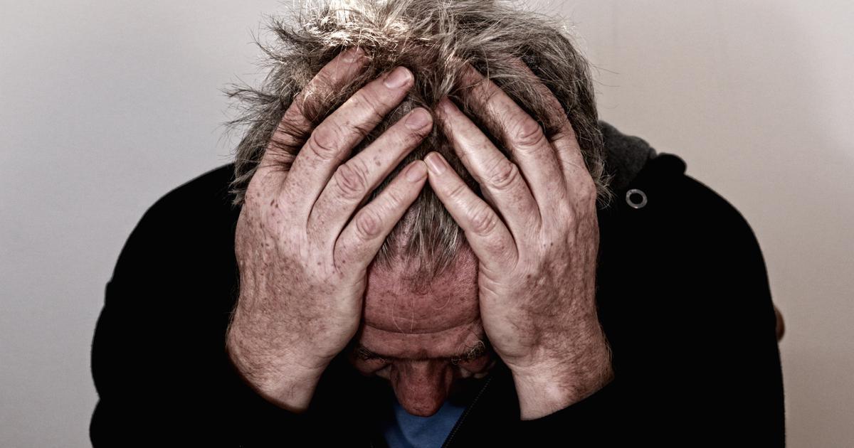अचानक कोई आदमी बेहोश हो जाए तो होश में रहकर उसकी मेडिकल मदद कैसे की जानी चाहिए?