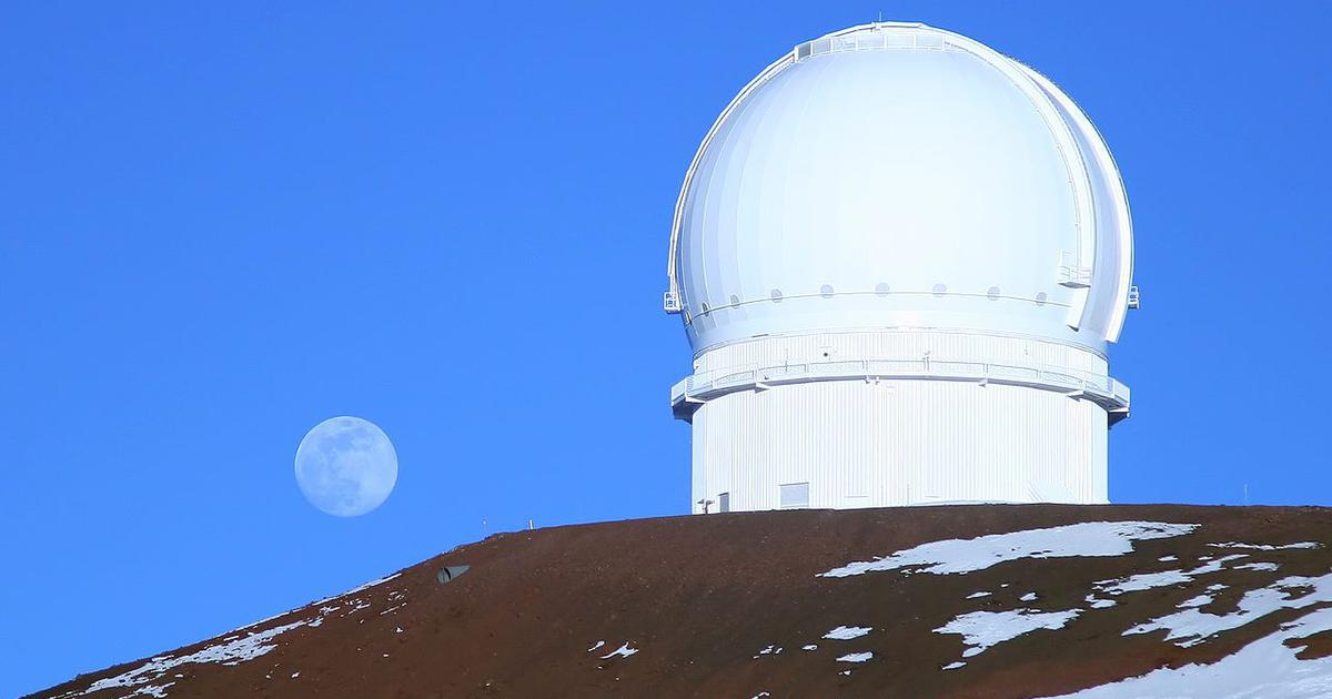 What 840 newly discovered minor planets beyond Neptune can tell us