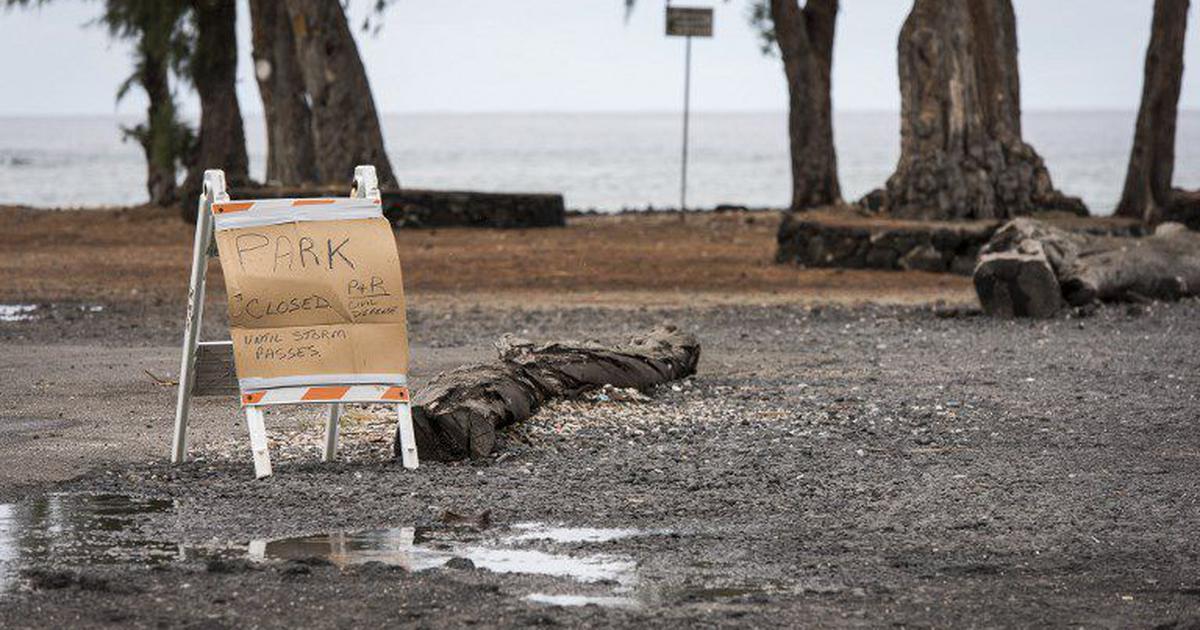 United States: Torrential rain, flash floods hit Hawaii islands as Hurricane Lane moves closer