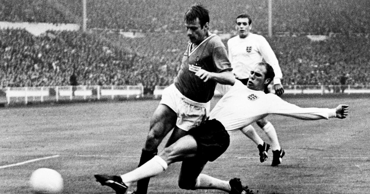 Ray Wilson left-back of English World Cup winning squad in 1966 dies at 83