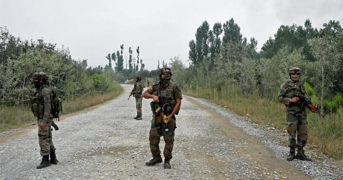 जम्मू और कश्मीर : सुरक्षा बलों ने जैश-ए-मुहम्मद के दो आतंकियों को मार गिराया