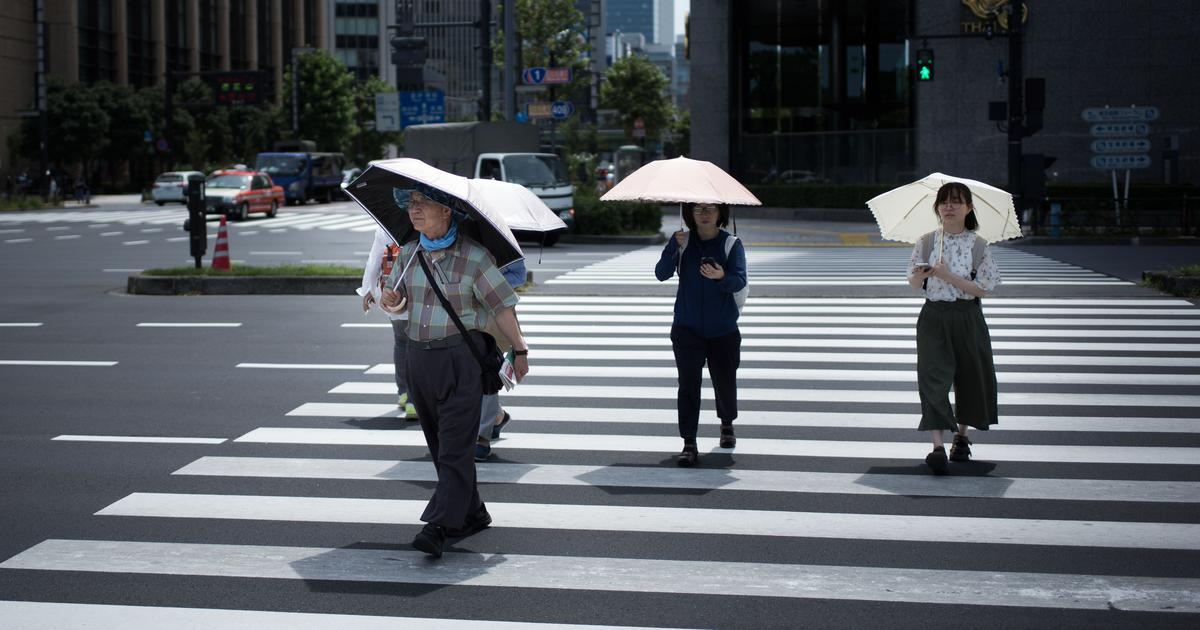 Heatwave in Japan kills 30 people as warnings issued