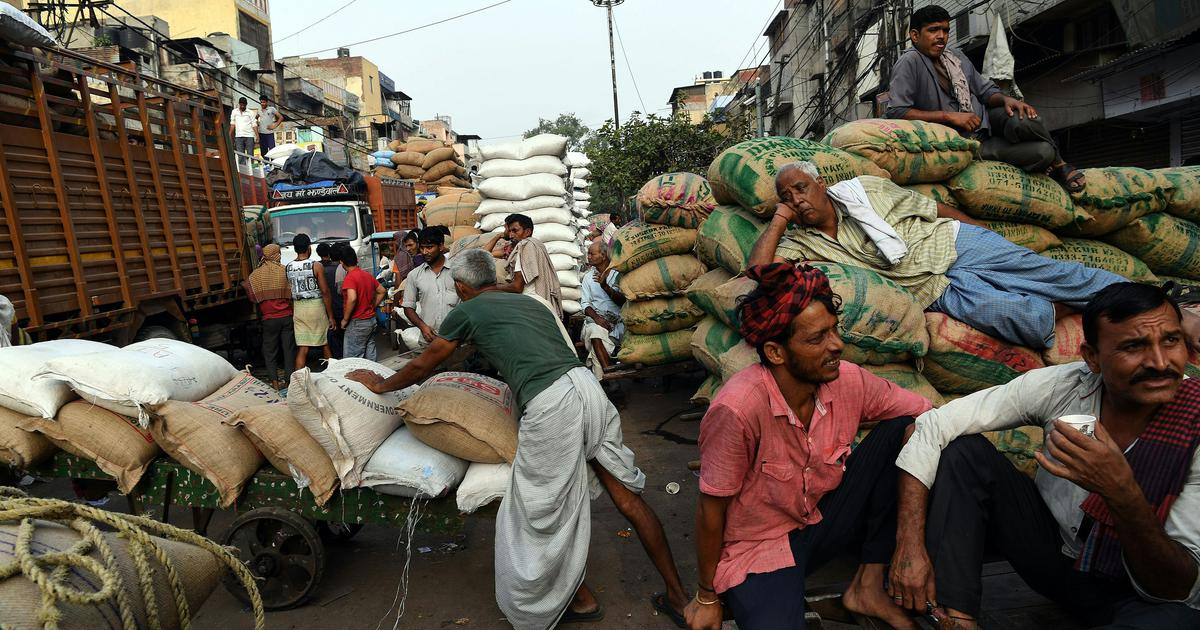 Wholesale price-based inflation reduces to 3.07% in April, food prices still high