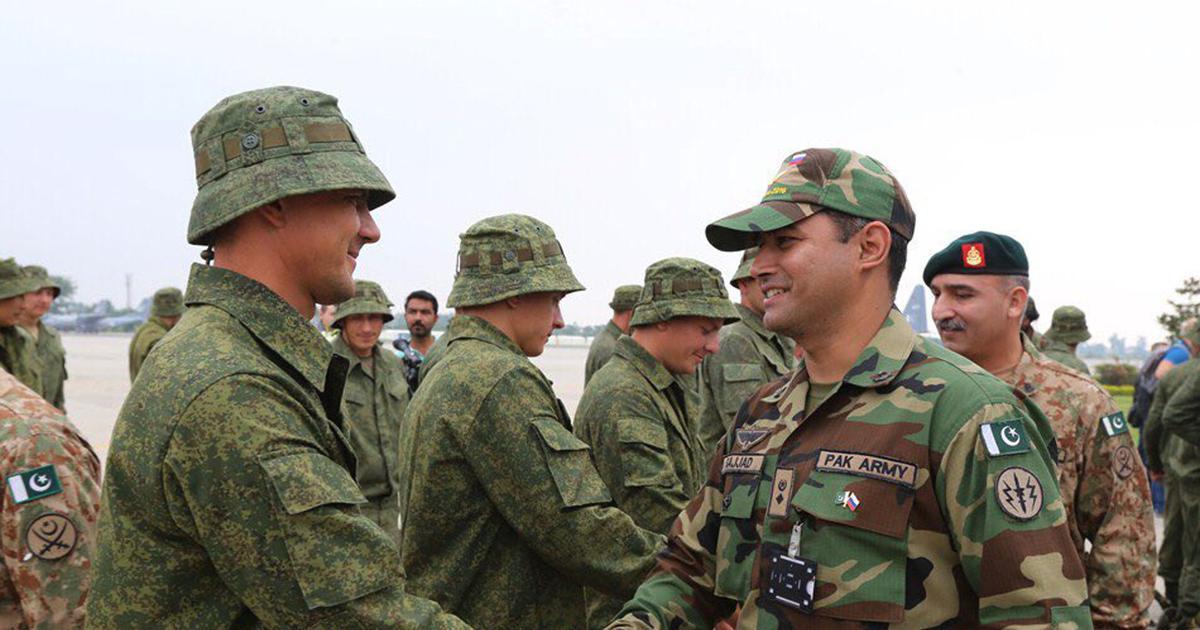 पाकिस्तानी सैन्य अधिकारी अब रूस में ट्रेनिंग करेंगे